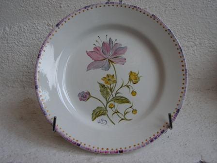 Assiette Fleurs stylisés par K. BIZOU