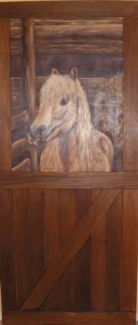 box-a-cheval-peint