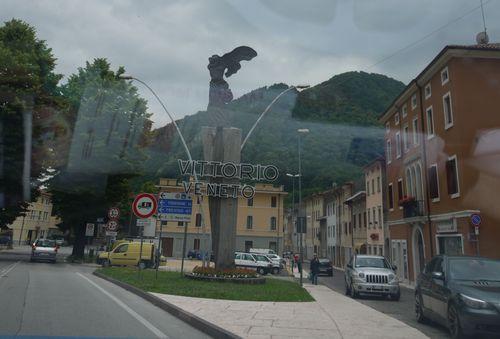 http://www.archive-host2.com/membres/images/1336321151/balades/Vittorio-Veneto/1-9.jpg