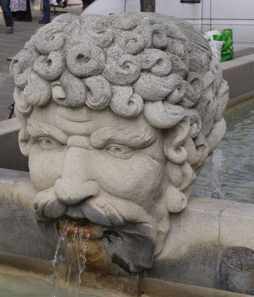 http://www.archive-host2.com/membres/images/1336321151/balades/carpentras/2012/4-0.jpg