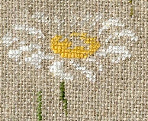 http://www.archive-host2.com/membres/images/1336321151/fleurs/marguerites/coeur.jpg