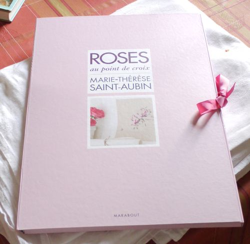 http://www.archive-host2.com/membres/images/1336321151/mth/livres/Roses/roses0-1.jpg