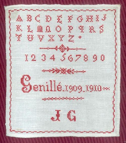 http://www.archive-host2.com/membres/images/1336321151/mth/petits_rouges/Genille/1909-1910.jpg