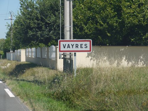 http://www.archive-host2.com/membres/images/1336321151/nawak/panneaux/vayres.jpg