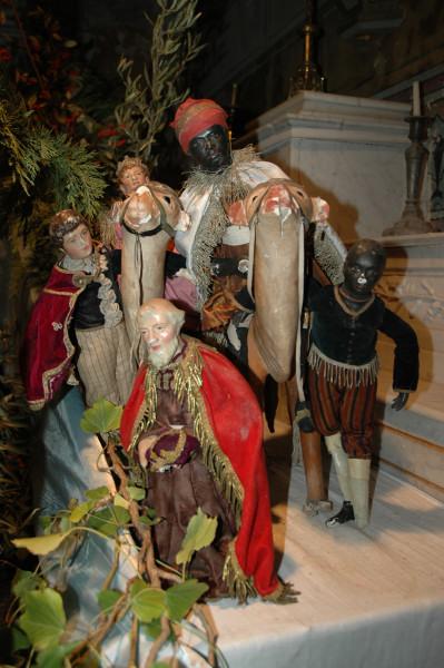 http://www.archive-host2.com/membres/images/77561342/salons__expos_santons_2010/Lurs/Lurs_2010_12_29_153635_.JPG