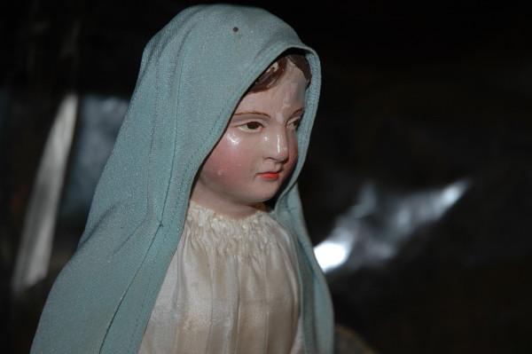 http://www.archive-host2.com/membres/images/77561342/salons__expos_santons_2010/Lurs/Lurs_2010_12_29_153818_.JPG