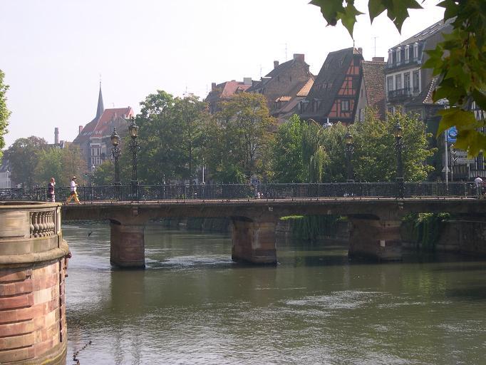 Strasbourg - Une vue depuis l'embarcadère